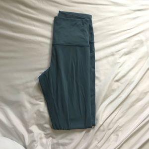 """Size 6 25"""" Align Pants"""